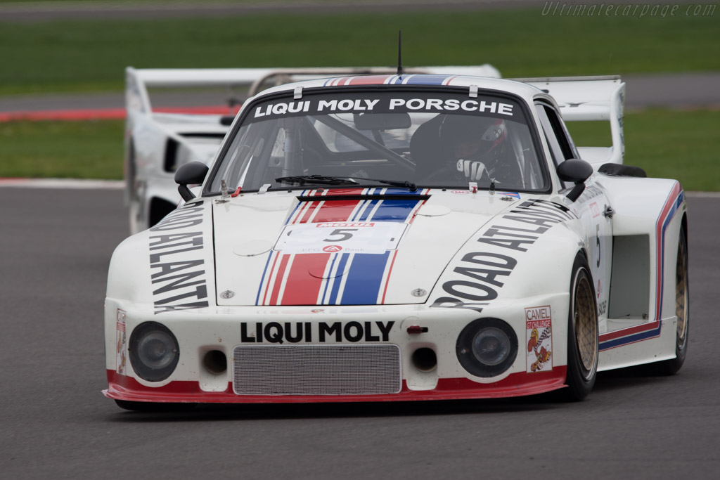Porsche 935/77A - Chassis: 930 890 0016   - 2011 Le Mans Series 6 Hours of Silverstone (ILMC)