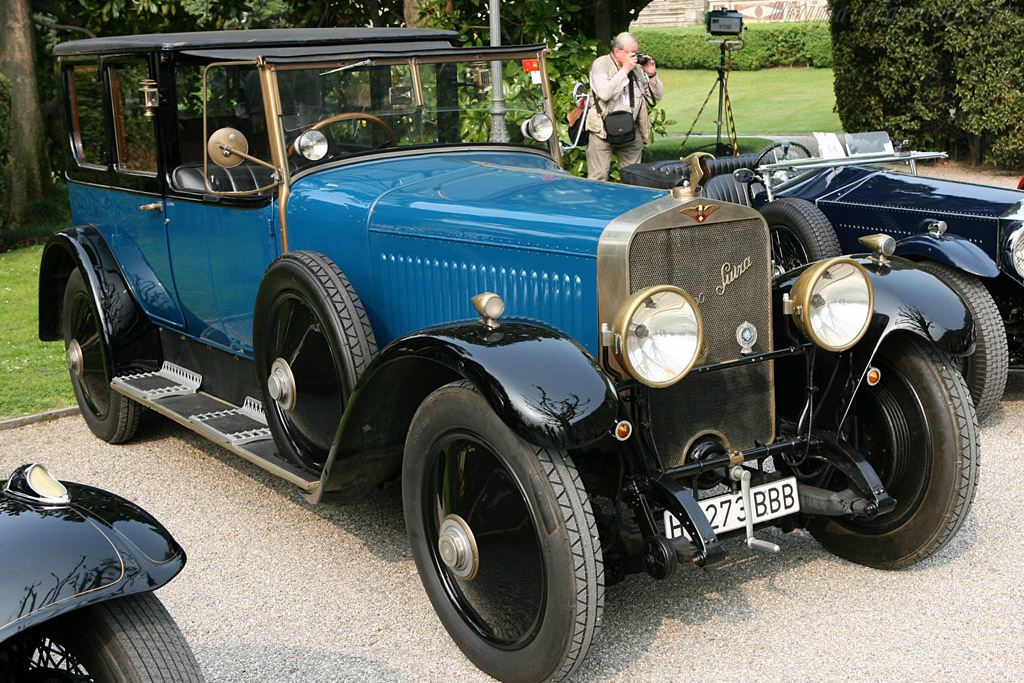 Click here to open the Hispano Suiza H6B Mitchel Landaulet gallery