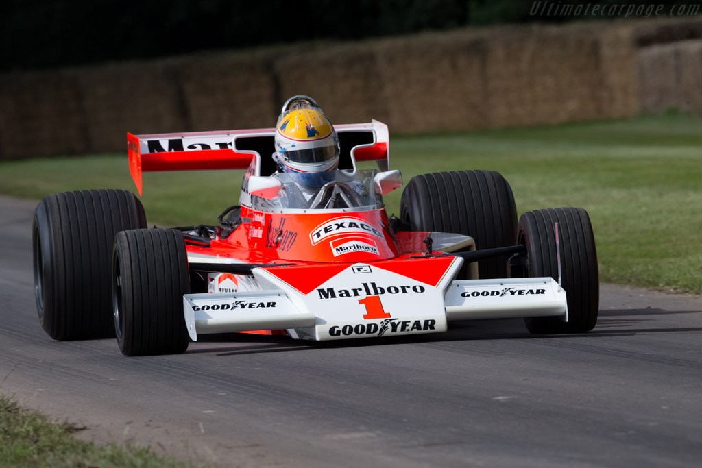 McLaren M23 Cosworth - Chassis: M23-11   - 2016 Goodwood Festival of Speed