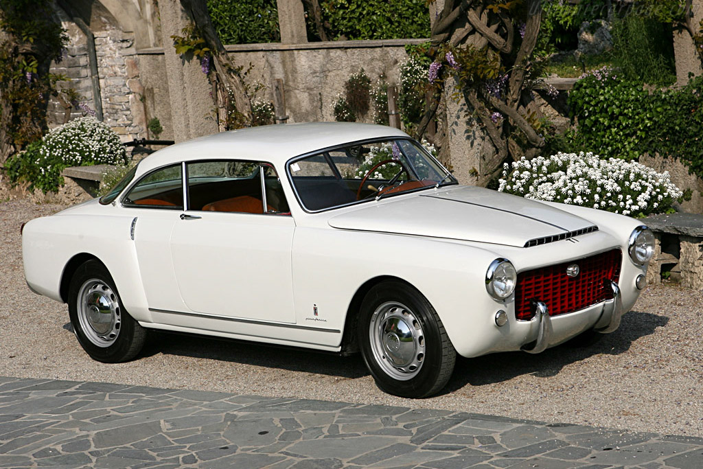 Click here to open the Alfa Romeo 1900 TI Pinin Farina Coupe gallery