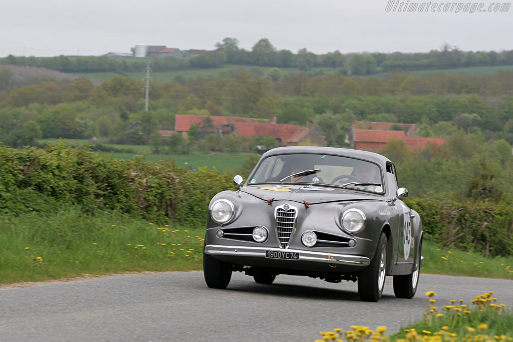 Click here to open the Alfa Romeo 1900C S Touring Coupe gallery