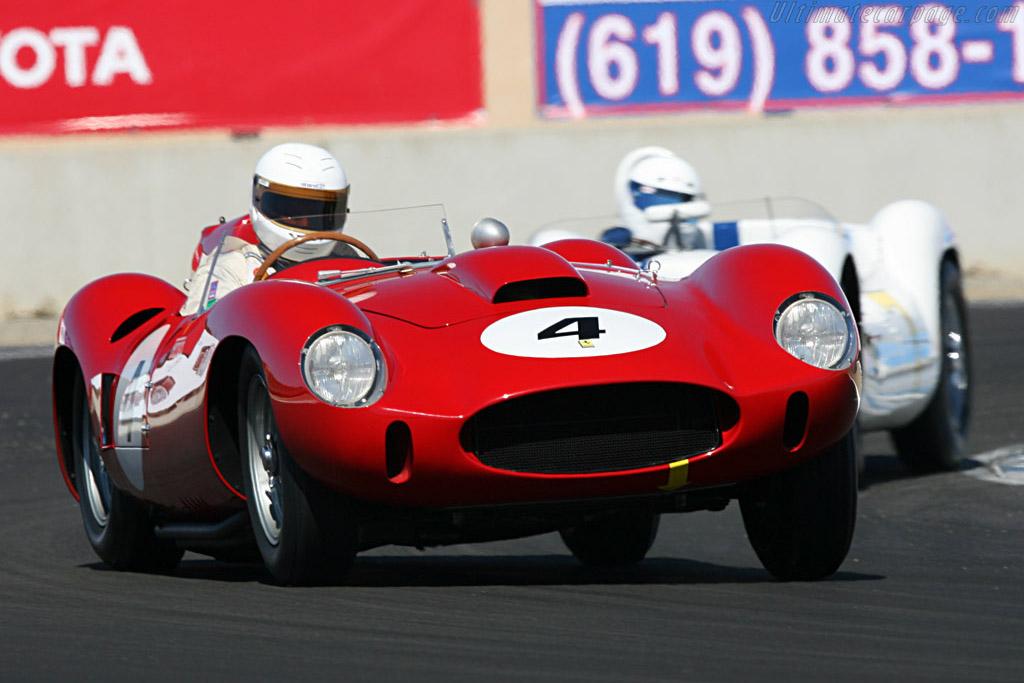 Click here to open the Ferrari 412 S Scaglietti Spyder gallery