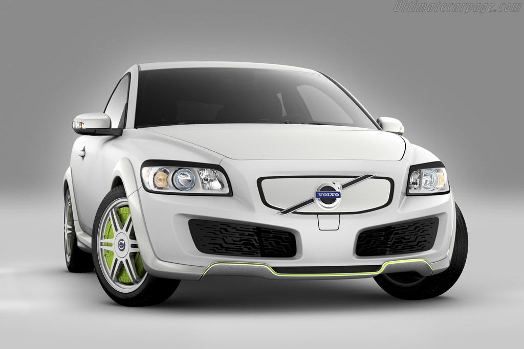 Click here to open the Volvo ReCharge Concept gallery