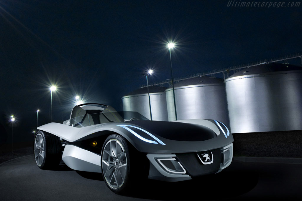 Click here to open the Peugeot Flux Concept gallery