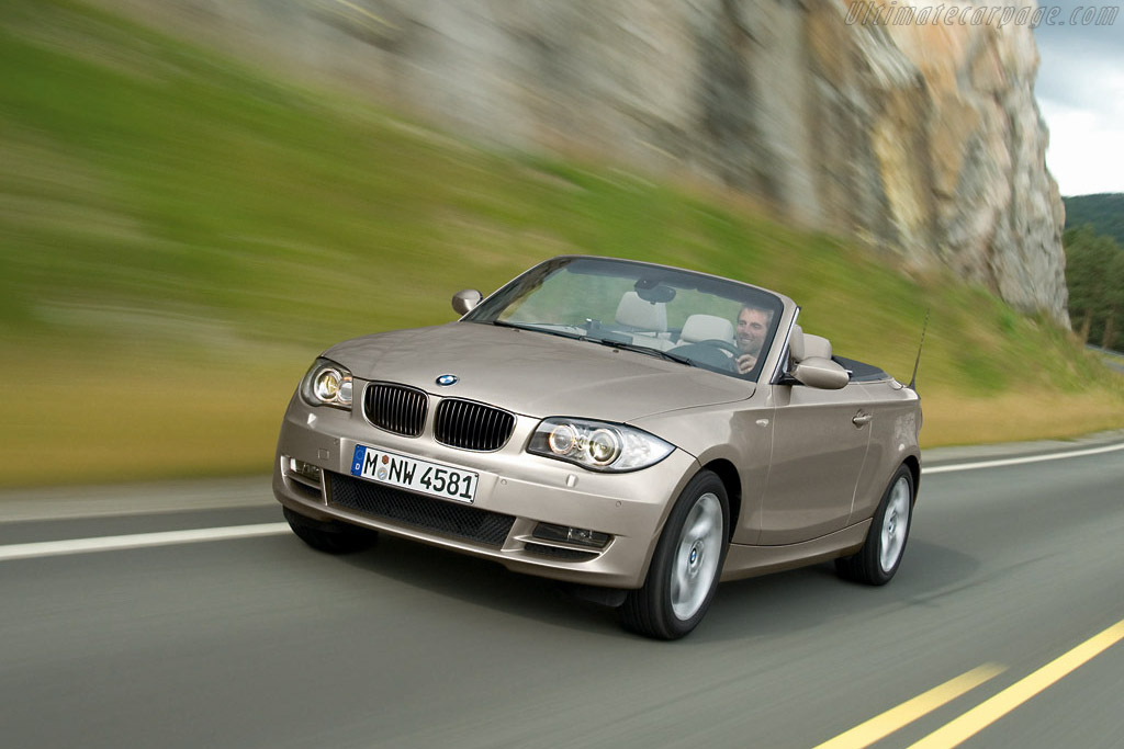 Click here to open the BMW 135i Cabriolet gallery