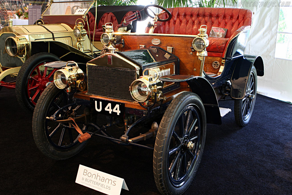 Click here to open the Rolls-Royce 10hp Barker Two Seater gallery