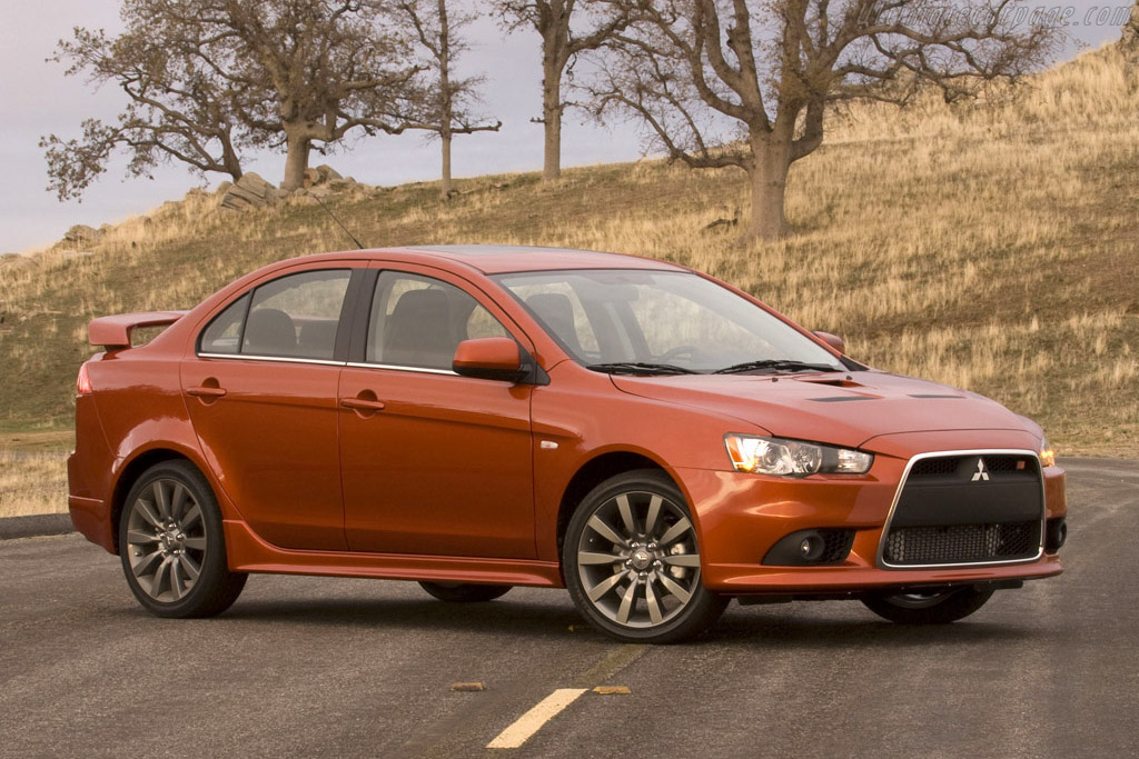 Click here to open the Mitsubishi Lancer Ralliart gallery