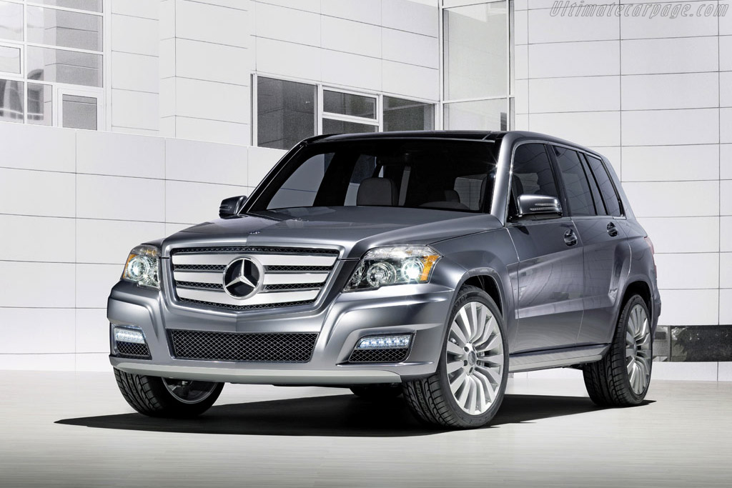 Click here to open the Mercedes-Benz Vision GLK Townside gallery