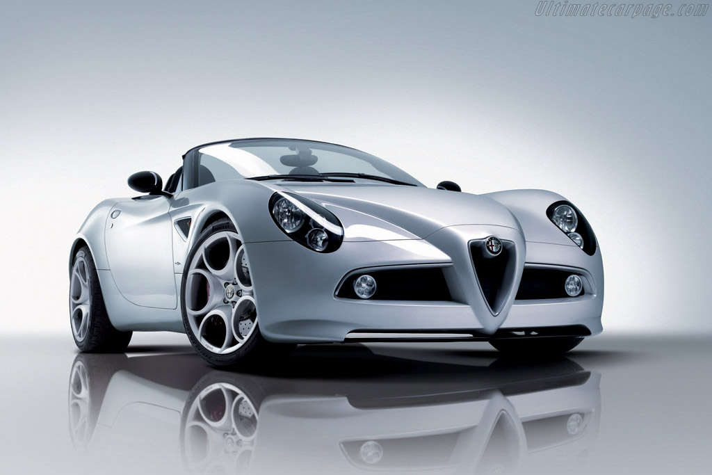 Click here to open the Alfa Romeo 8C Spider gallery