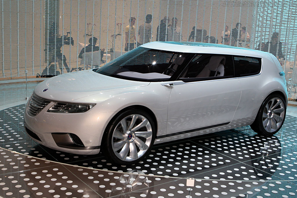 Click here to open the Saab 9-X BioPower Hybrid Concept gallery