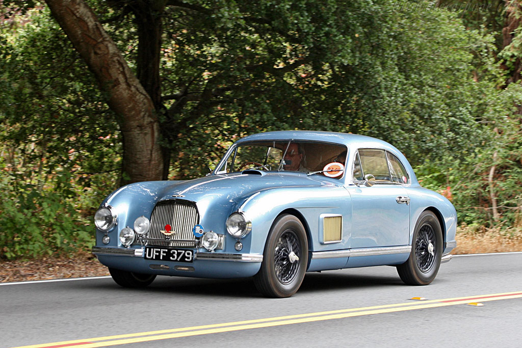 Click here to open the Aston Martin DB2 Coupe gallery