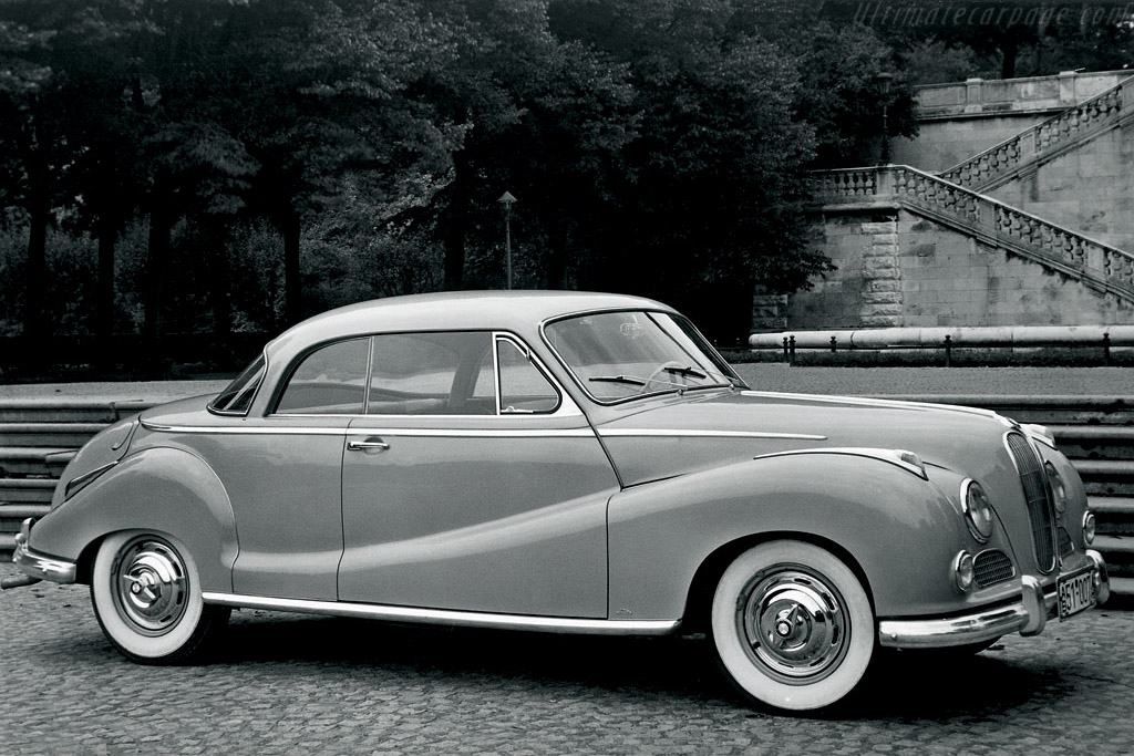 Click here to open the BMW 502 Coupe gallery