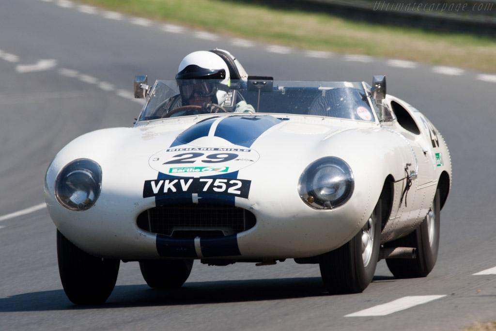 Jaguar E2A - Chassis: E2A  - 2010 Le Mans Classic