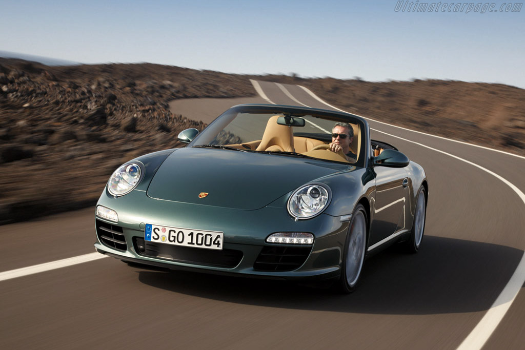 Click here to open the Porsche 997 Carrera S Cabriolet gallery