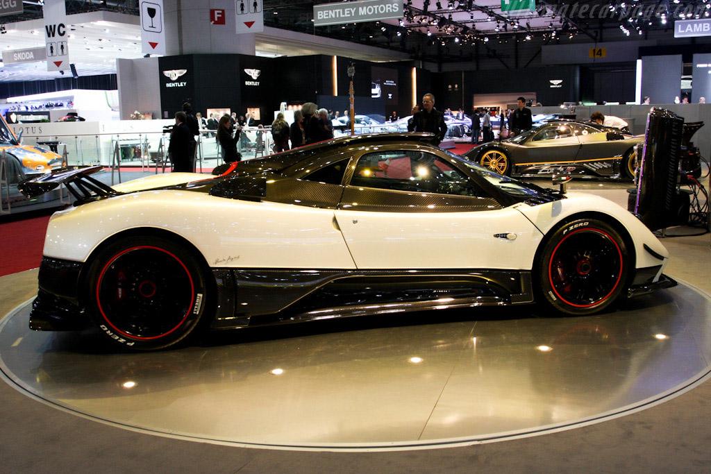 Pagani Zonda Cinque - Chassis: 76104   - 2009 Geneva International Motor Show