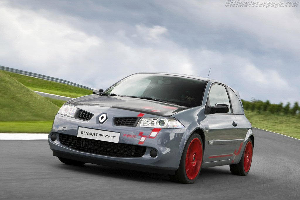 Click here to open the Renault Mégane Sport R26.R gallery