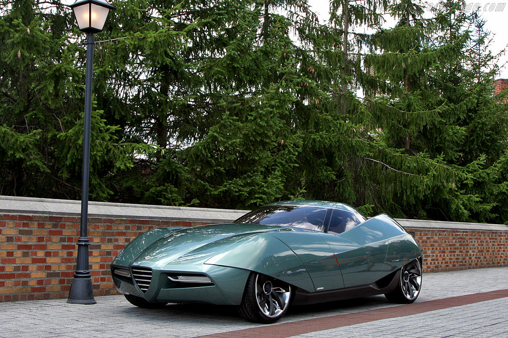 Click here to open the Alfa Romeo B.A.T. 11 Bertone Coupe gallery