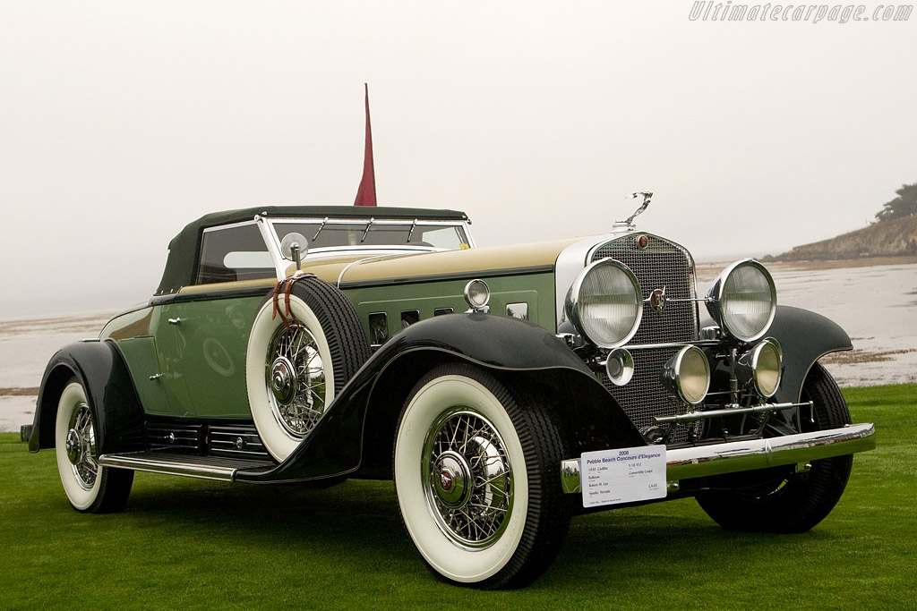 Click here to open the Cadillac 452 A V16 Rollston Convertible Coupe gallery