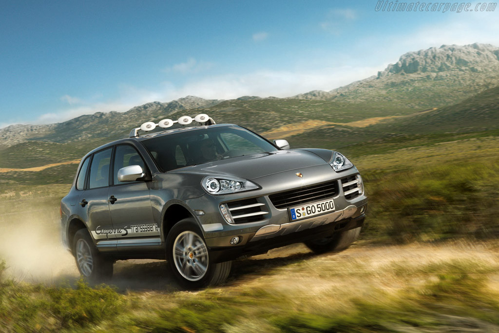 Click here to open the Porsche Cayenne S Transsyberia gallery
