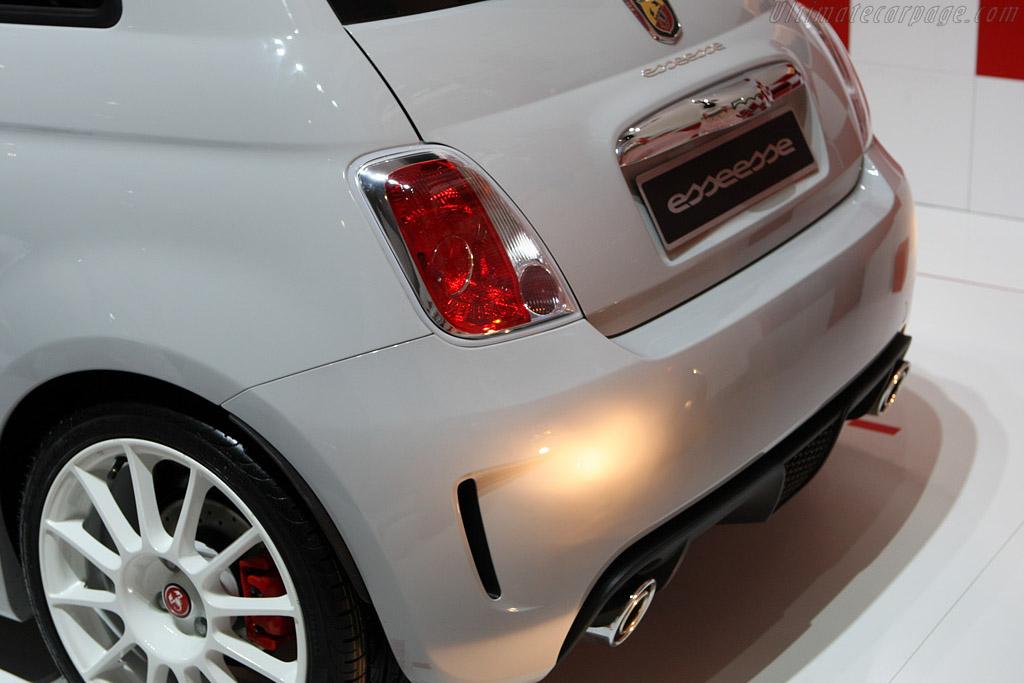 Fiat Abarth 500 esseesse    - 2008 Essen Motor Show