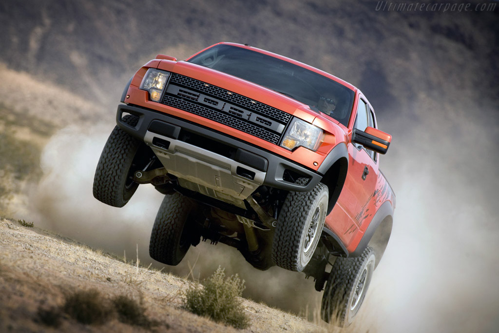 Click here to open the Ford F-150 SVT Raptor gallery