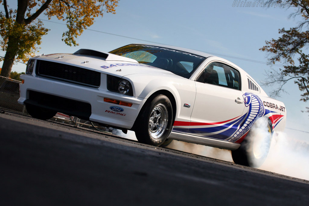 Click here to open the Ford Mustang FR500 Cobra Jet gallery