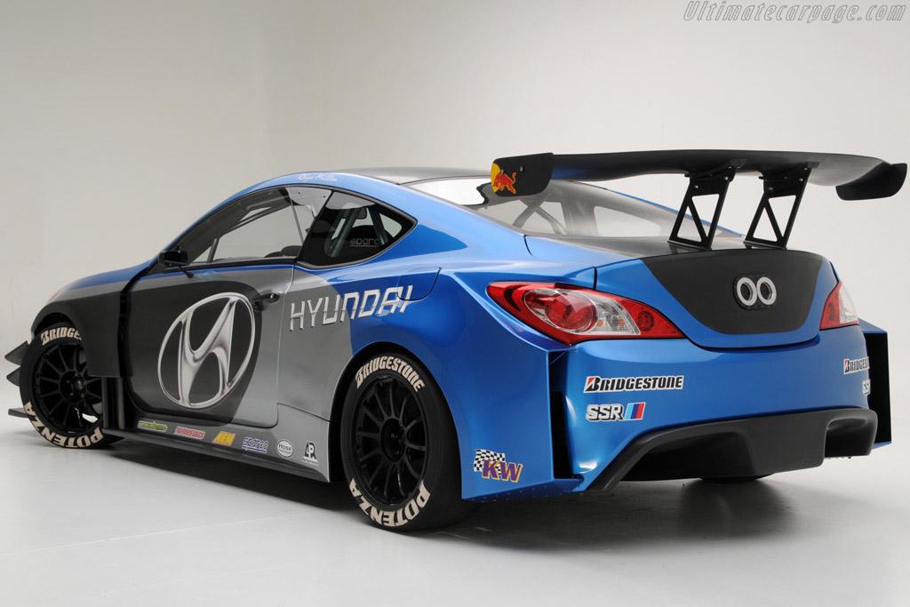Hyundai Genesis Rhys Millen Coupe