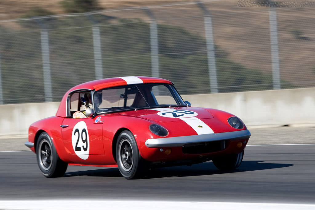 Click here to open the Lotus Elan 26R gallery