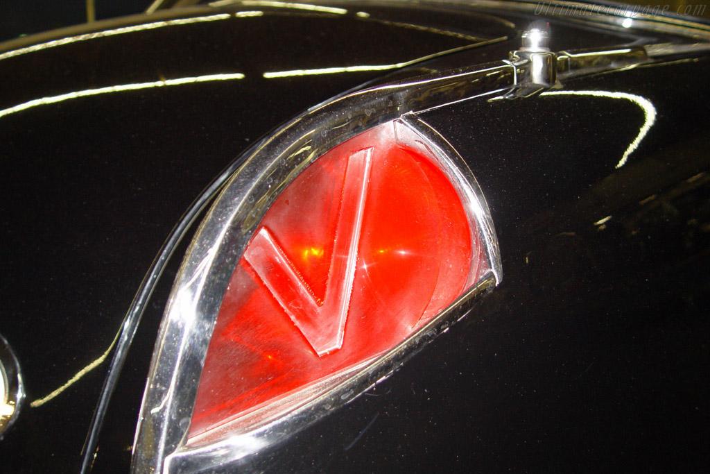 Facel Vega FV3