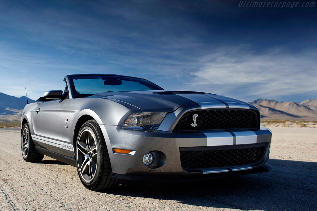 Click here to open the Ford Shelby Mustang GT500 Convertible gallery