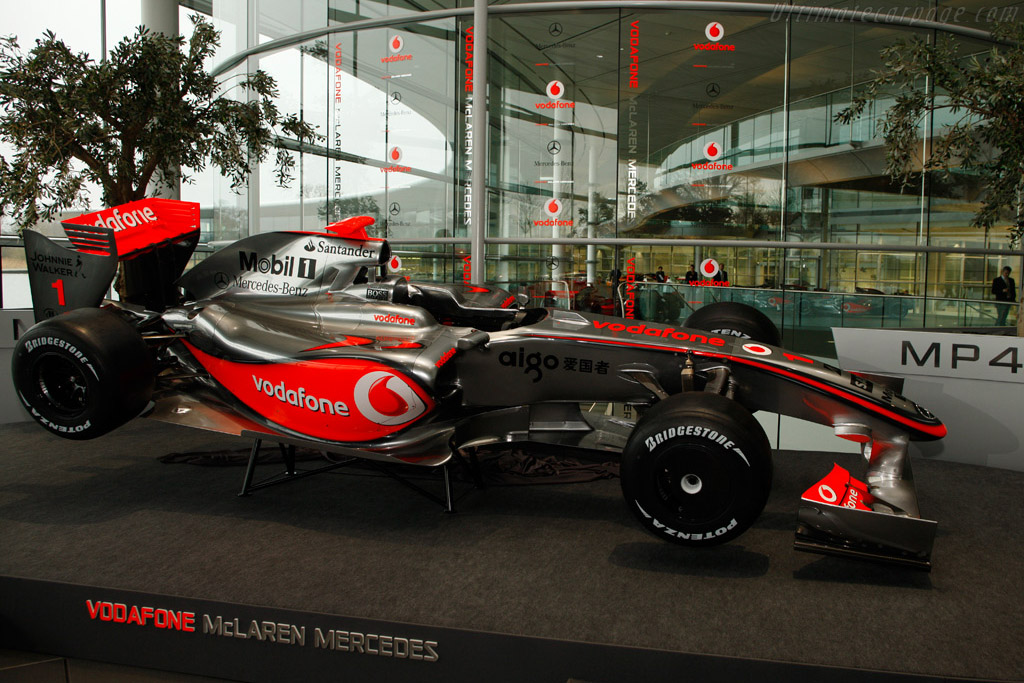 Click here to open the McLaren MP4-24 Mercedes gallery