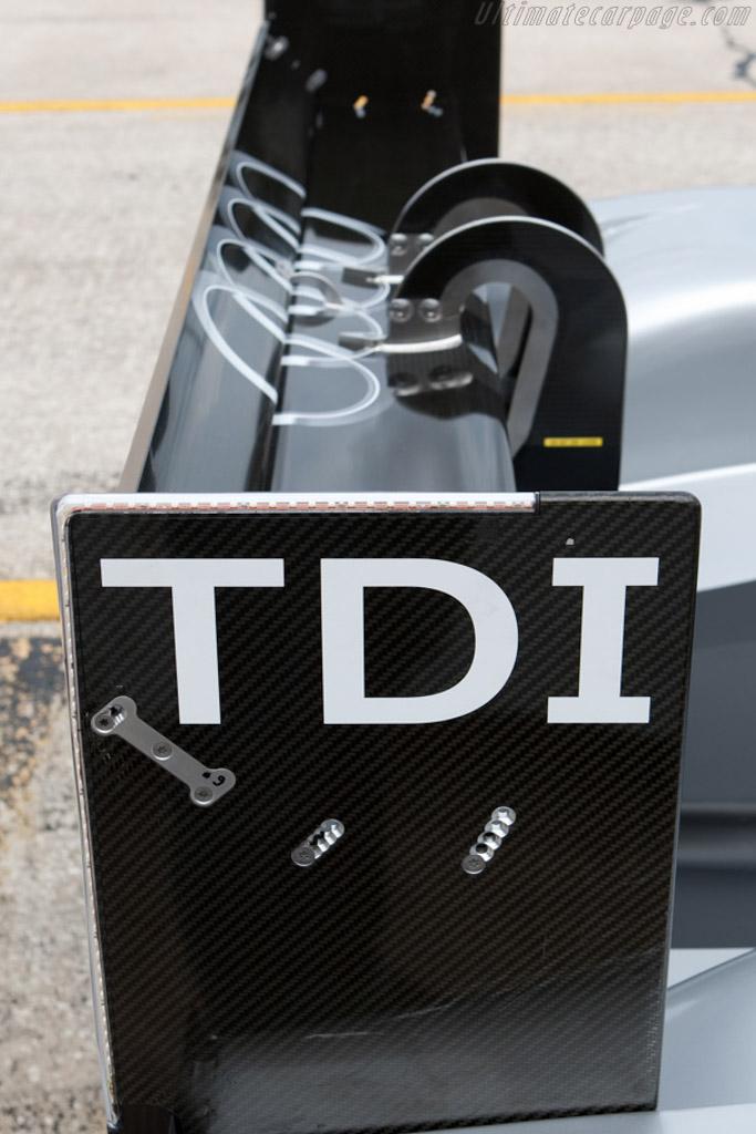 Audi R15 TDI - Chassis: 101   - 2009 Sebring 12 Hours
