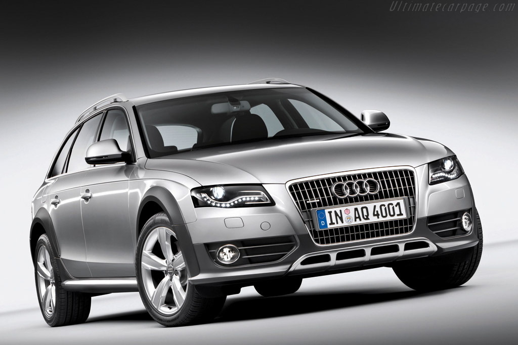 Click here to open the Audi A4 Allroad Quattro gallery