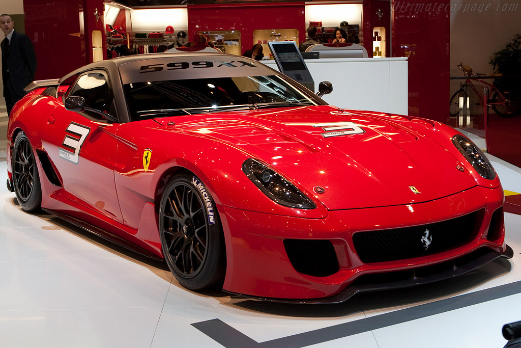 Click here to open the Ferrari 599XX gallery