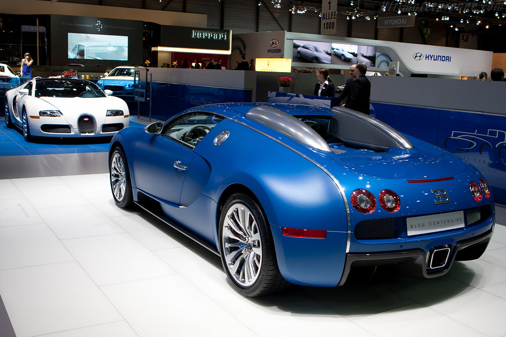 bugatti veyron 16 4 bleu centenaire 2009 geneva international motor show. Black Bedroom Furniture Sets. Home Design Ideas