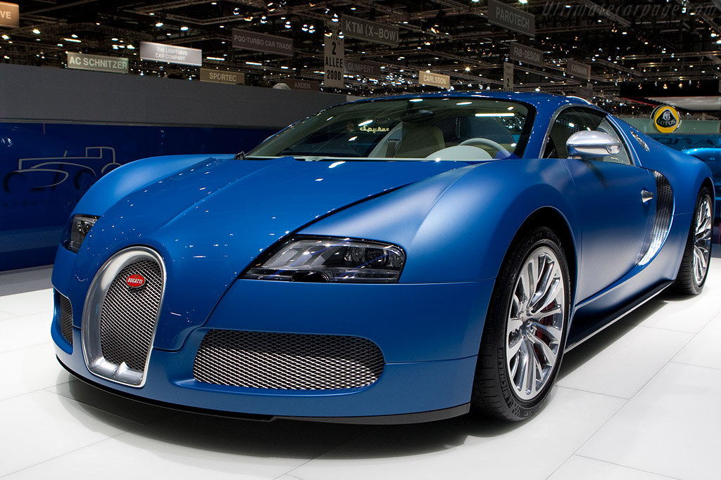 Click here to open the Bugatti Veyron 16.4 Bleu Centenaire gallery