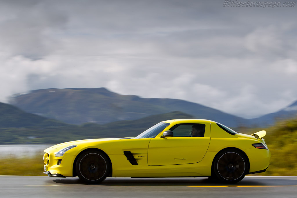 Benz Concept Car >> Mercedes-Benz SLS AMG E-Cell Concept