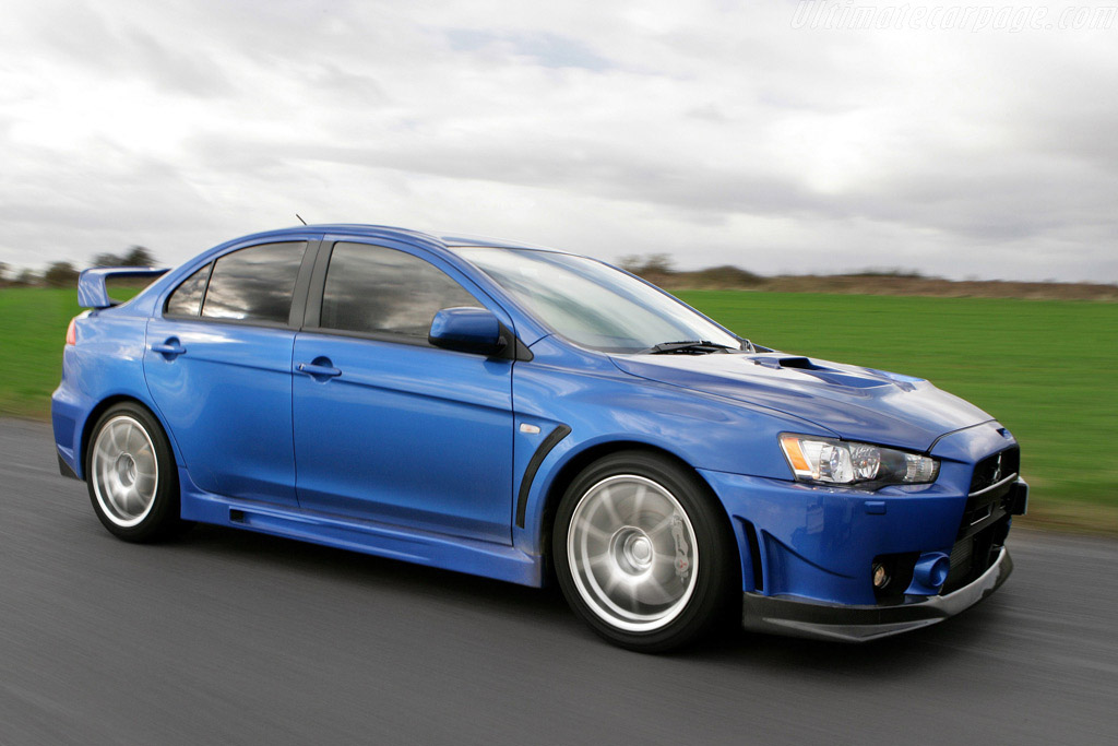 Click here to open the Mitsubishi Lancer EVO X FQ-400 gallery