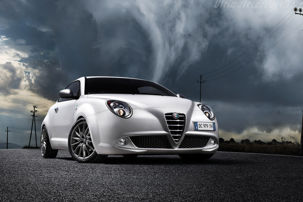 2010 2013 alfa romeo mito qv images specifications and information. Black Bedroom Furniture Sets. Home Design Ideas
