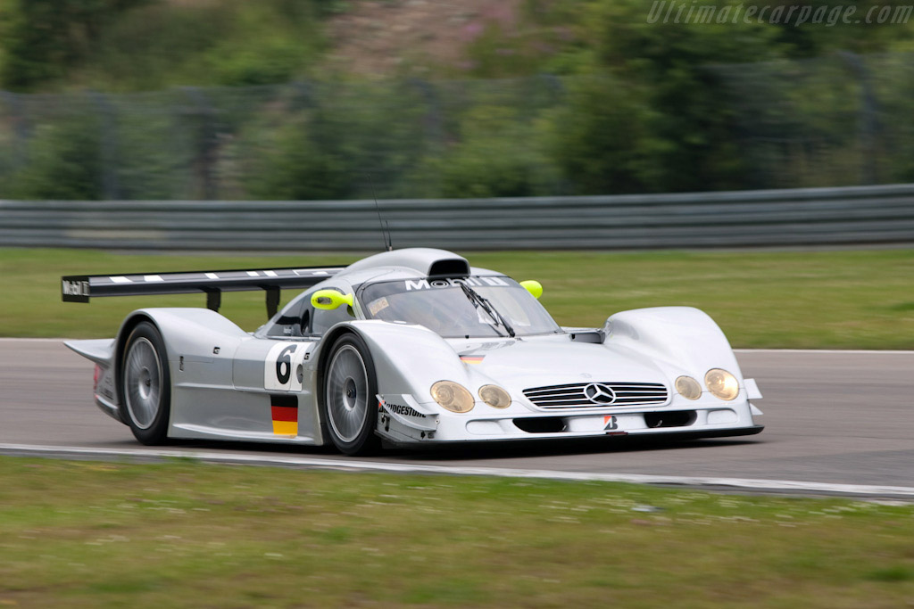 Mercedes Benz Clr Chassis 701y000003 2009 Modena Trackdays