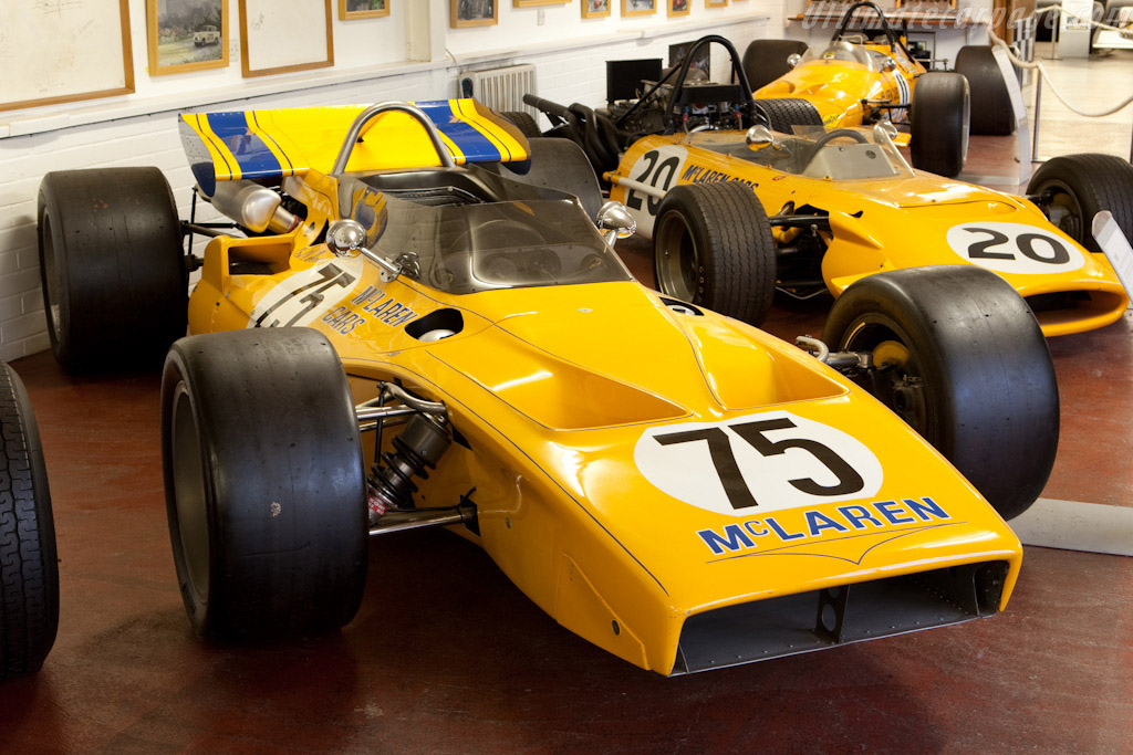 Click here to open the McLaren M15 Offenhauser gallery
