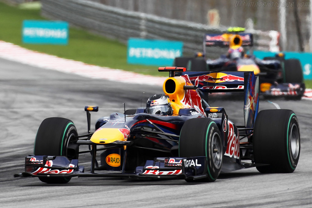 Red Bull Racing RB6 Renault