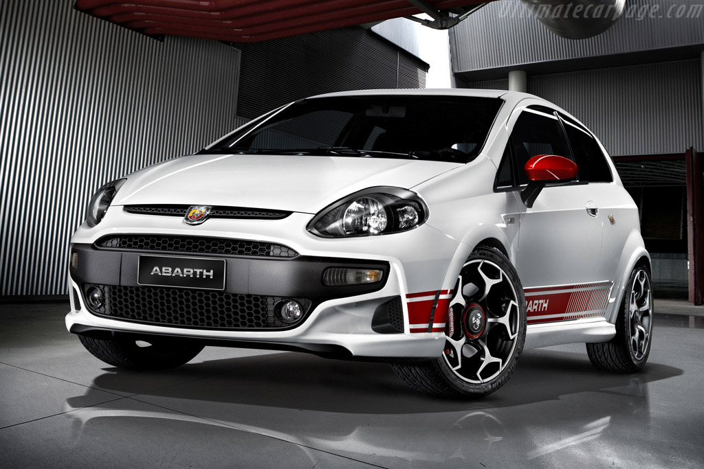 Click here to open the Fiat Abarth Punto Evo gallery
