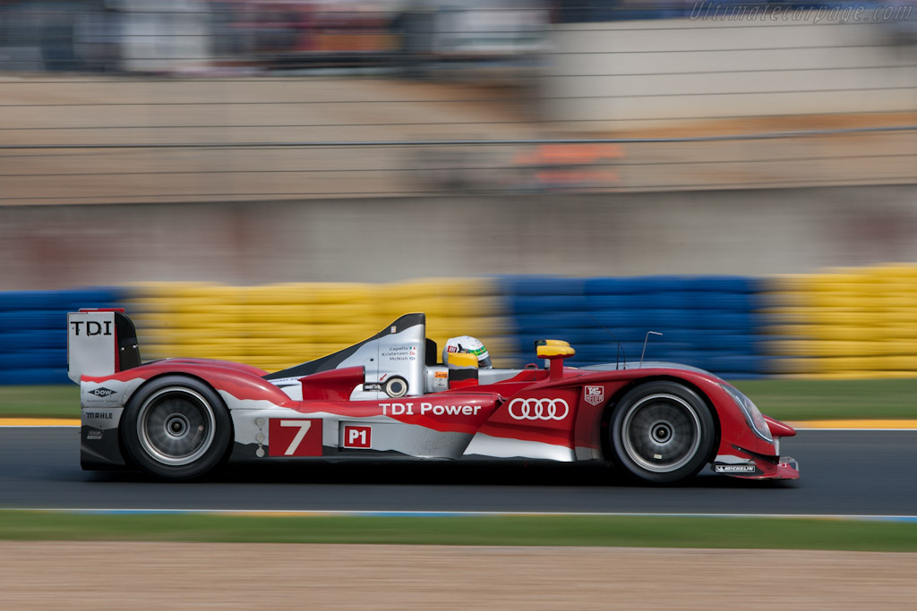 audi r15 plus tdi chassis 202 2010 24 hours of le mans. Black Bedroom Furniture Sets. Home Design Ideas