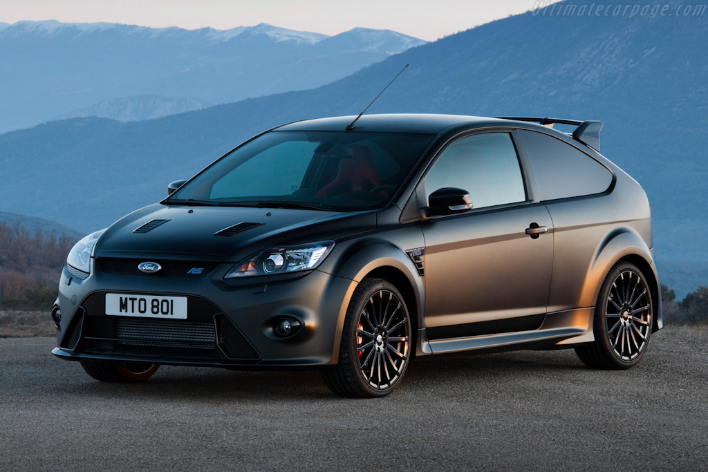 Click here to open the Ford Focus RS500 gallery