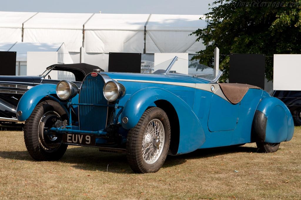 Click here to open the Bugatti Type 57 TT Bertelli Tourer gallery