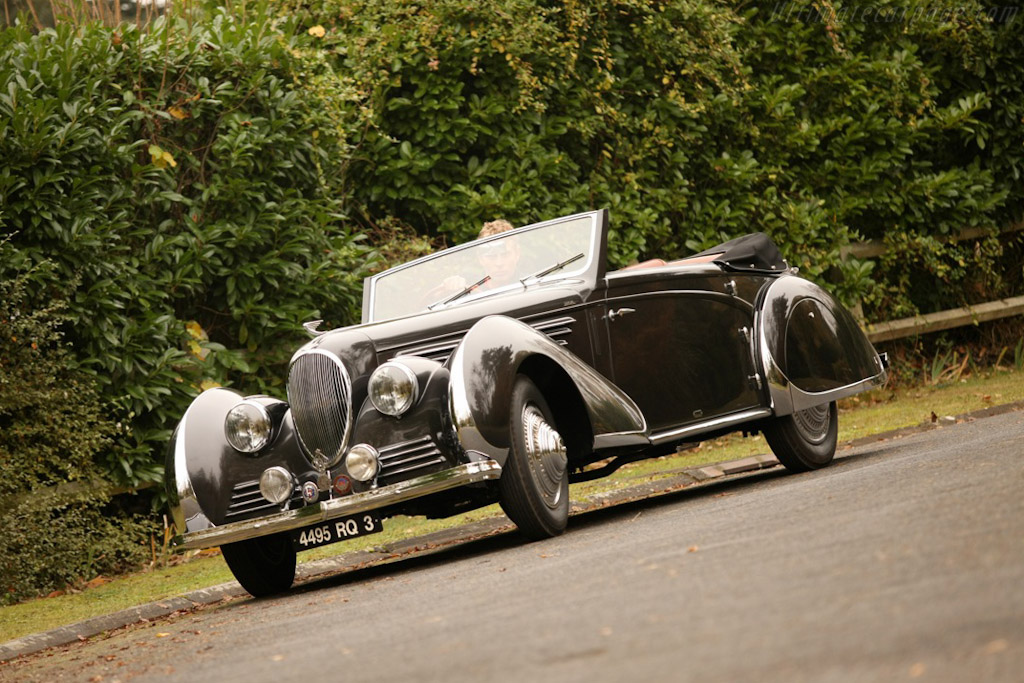 Click here to open the Delahaye 135 MS Franay Cabriolet gallery