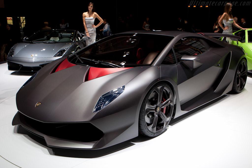 Click here to open the Lamborghini Sesto Elemento Concept gallery