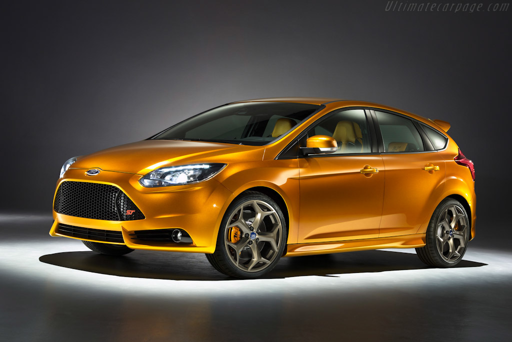 Click here to open the Ford Focus ST Concept gallery