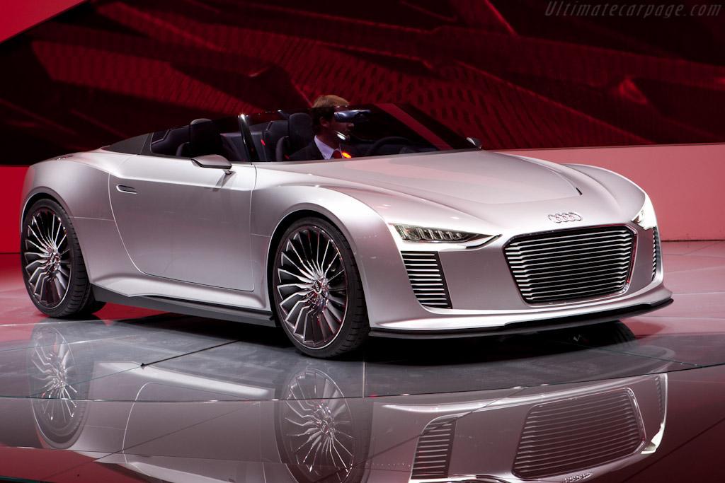 Audi e-tron Spyder Concept    - 2010 Mondial de l'Automobile Paris
